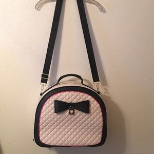 Betsey Johnson Train Case / Weekender Bag NWOT